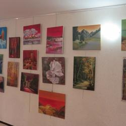 Mini-expo: chacun a amené sa toile préférée